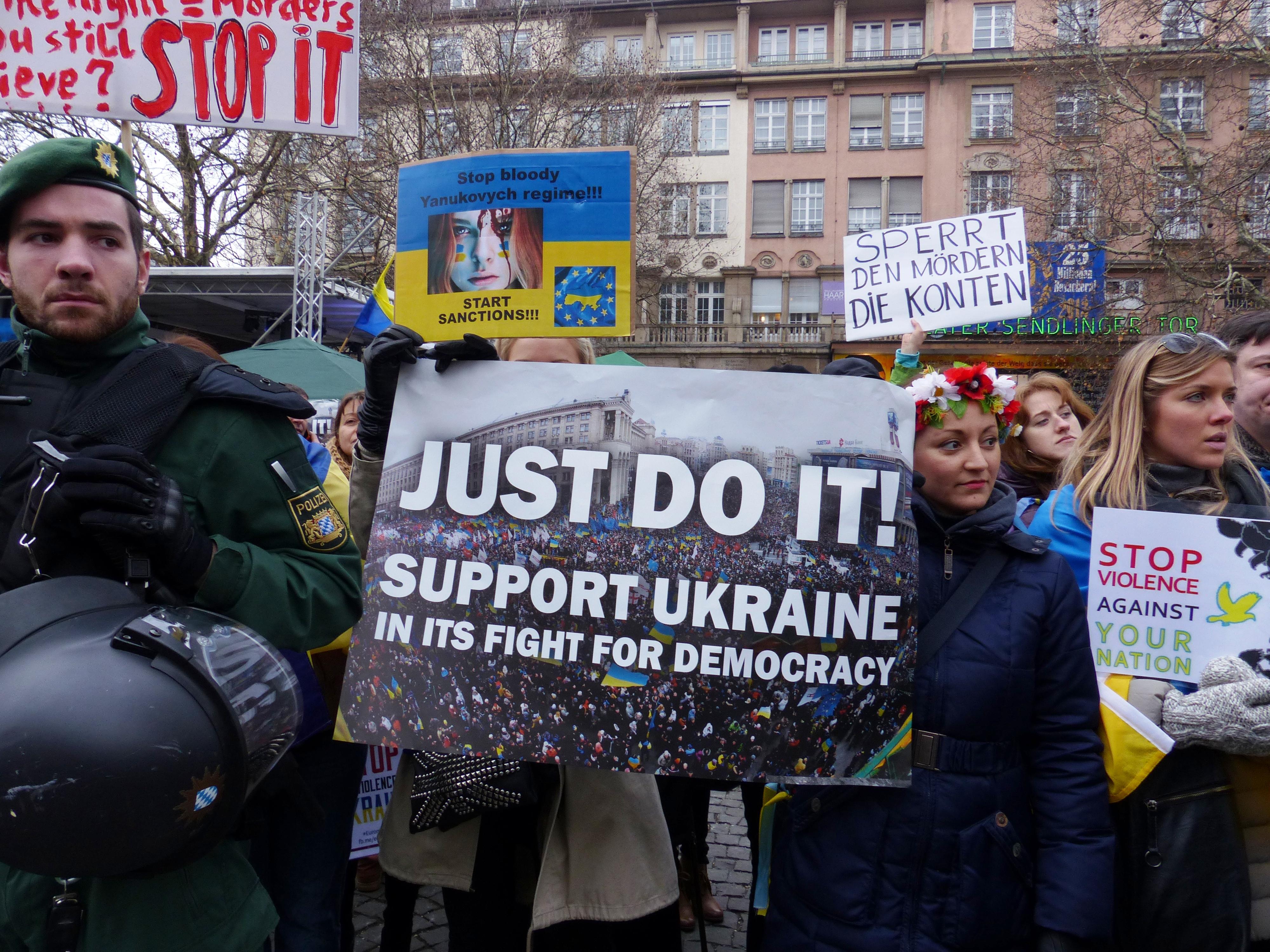 Wesprzyj Ukraińców za pośrednictwem Caritas Polska lub PAH