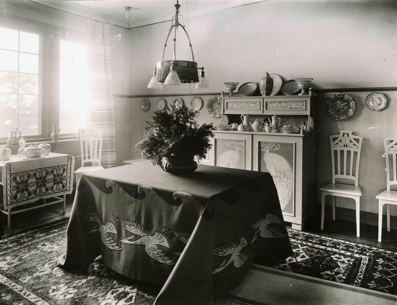 file villa g rdsg rden i stocksund stockholm ritad av ragnar stberg interi r artisten alf. Black Bedroom Furniture Sets. Home Design Ideas