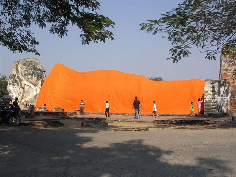 Wat Lokaya Suttha in Ayutthaya Thailand 001