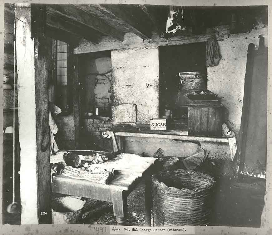 1900s Kitchen Pics http://commons.wikimedia.org/wiki/File:A_Sydney_kitchen,_1900_(3101628758).jpg