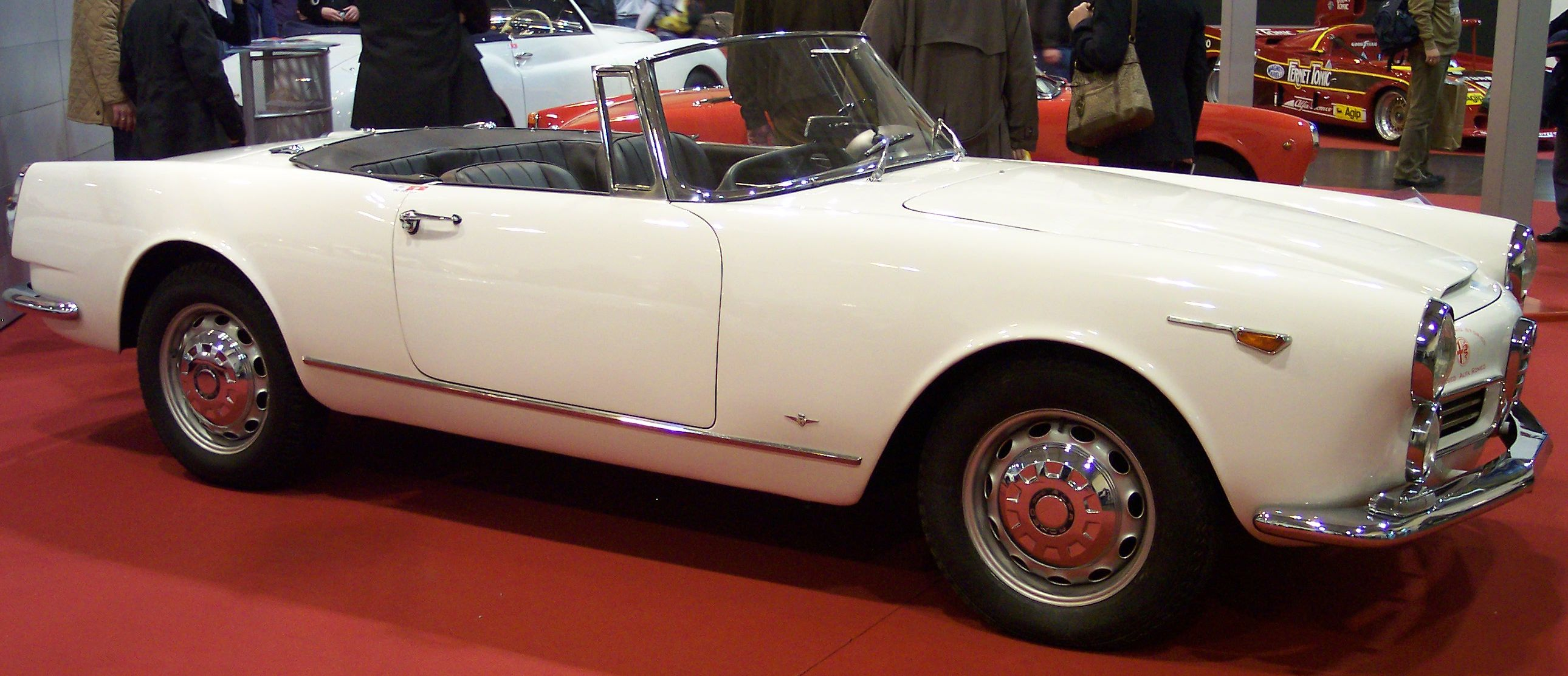 file:alfa romeo 2600 spider 1962 white vr tce - wikimedia commons