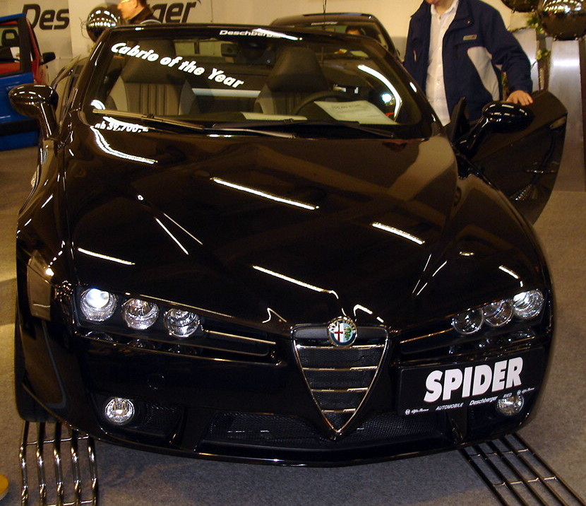 File:Alfa Romeo Spider Black.jpg