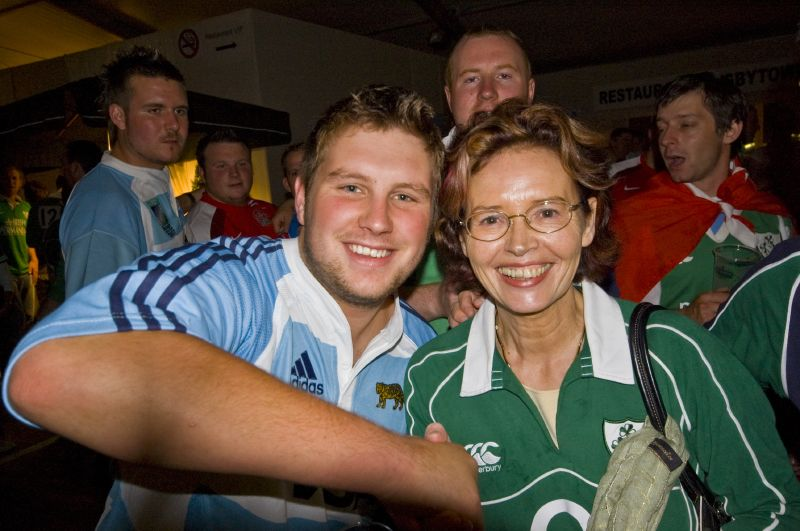 Argentina Ireland rugby union national team fans 2007 world cup Post Match Celebrations.jpg