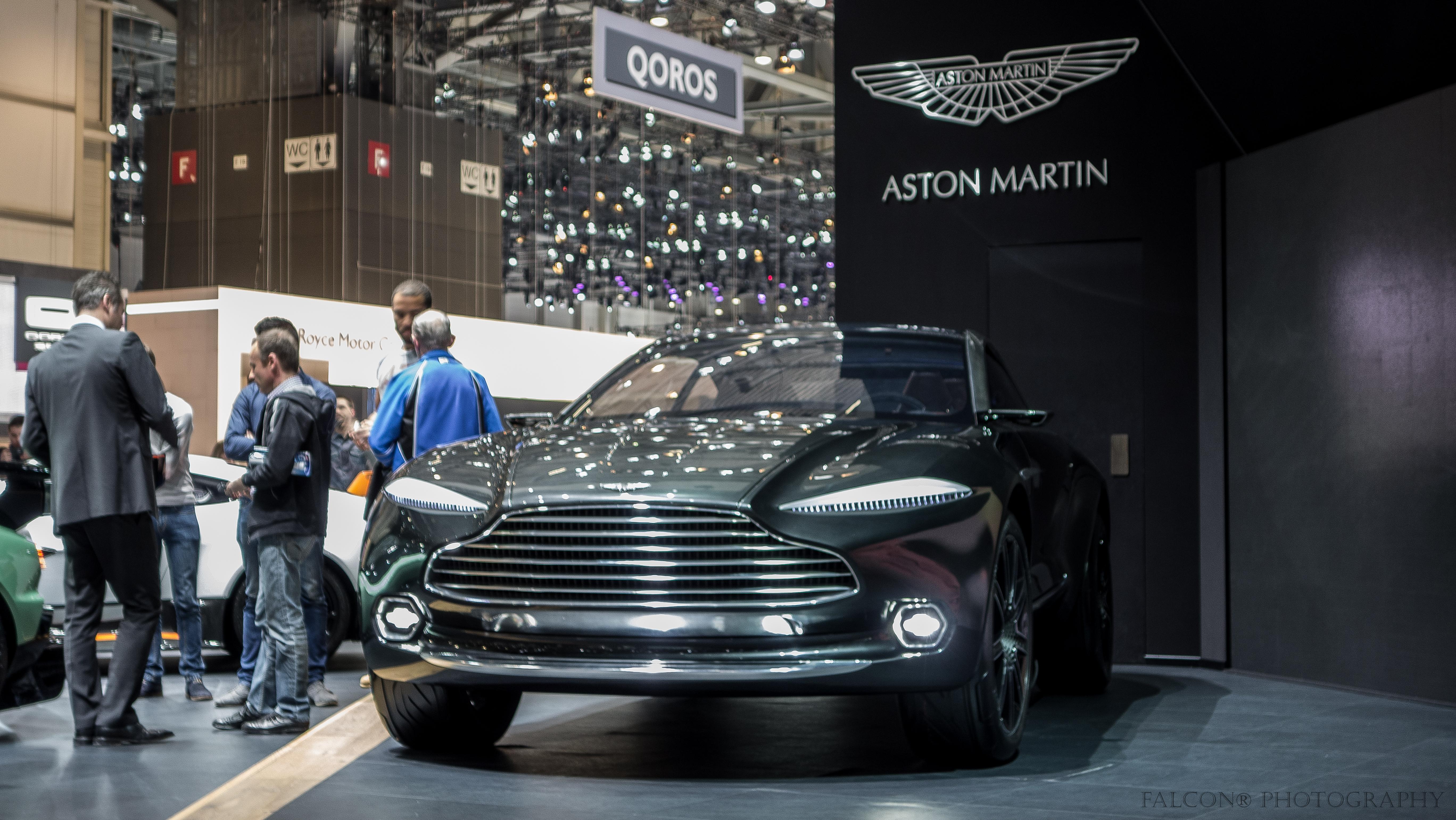 File Aston Martin Dbx 21527105122 Jpg Wikimedia Commons