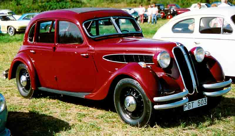 http://upload.wikimedia.org/wikipedia/commons/5/5c/BMW_326_Limousine_1938.jpg