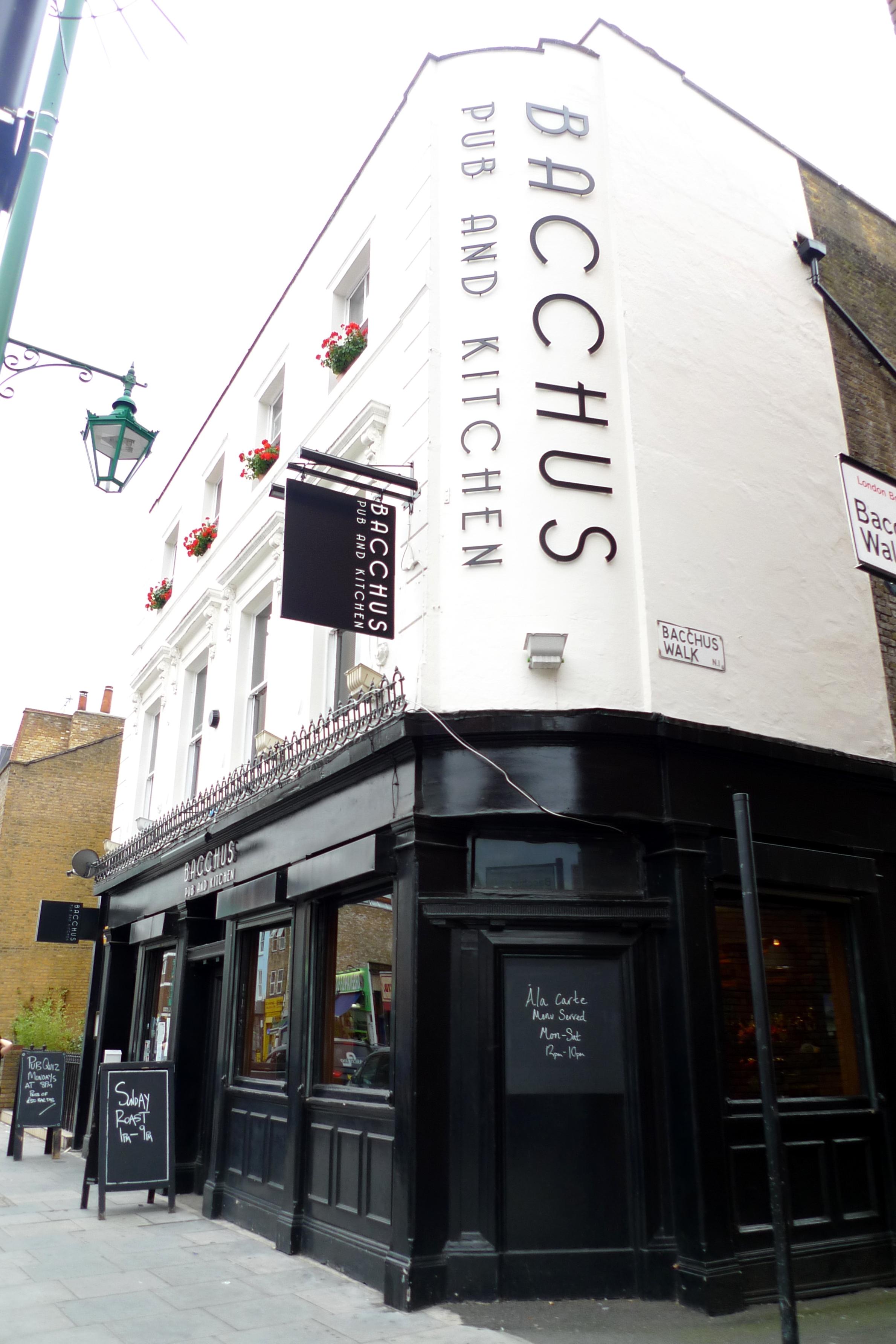 File:Bacchus Pub and Kitchen, Hoxton, N1 (6246150300).jpg ...