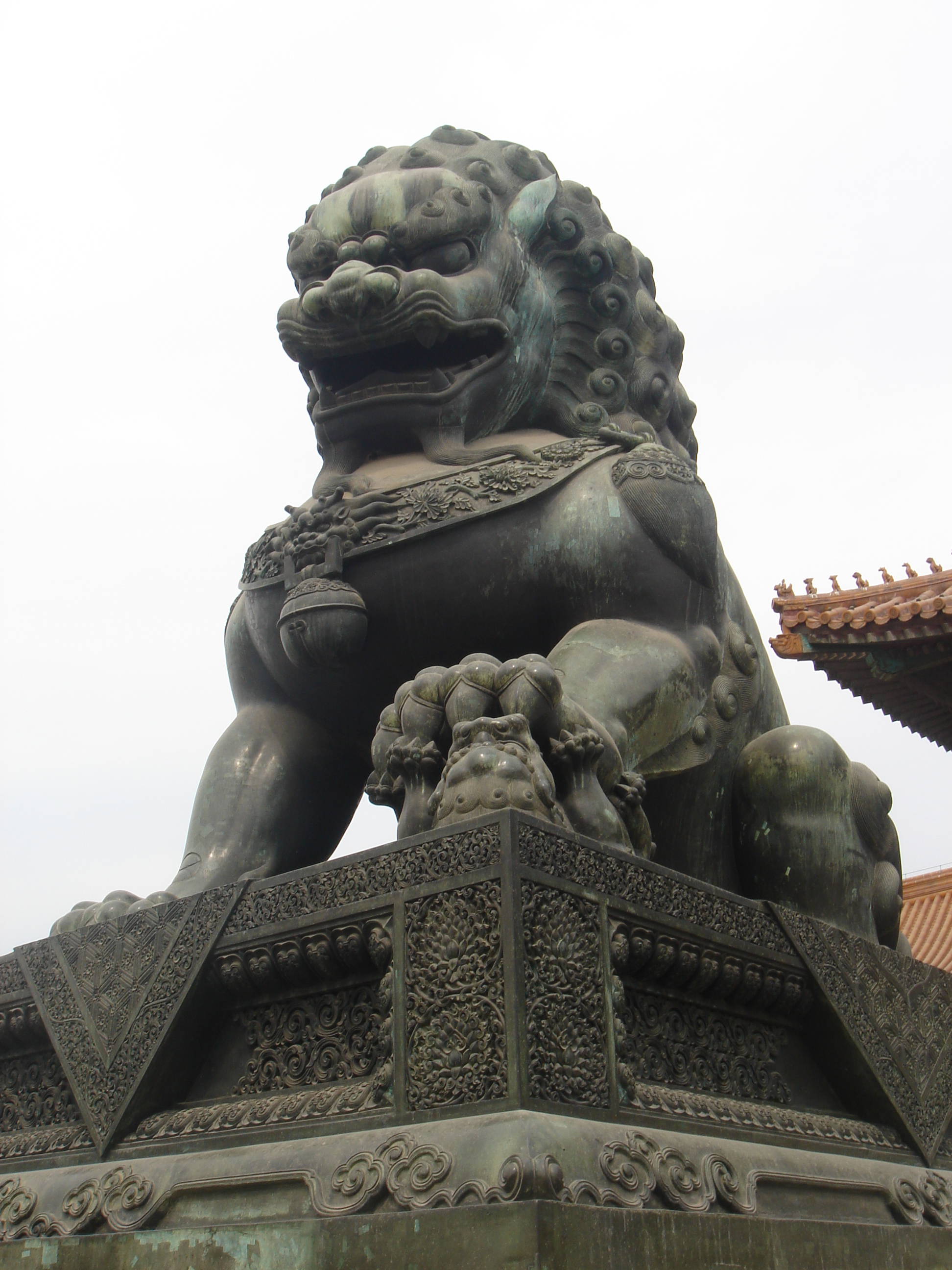 File:Beijing Forbidden City Imperial Guardian Lions.jpg ...