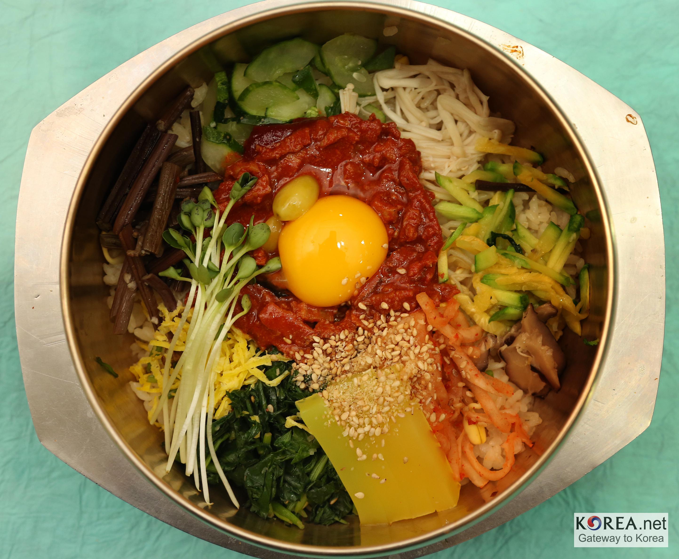 du bibimbap korean cuisine bibimbap 08 jpg bibimbap every culture has ...