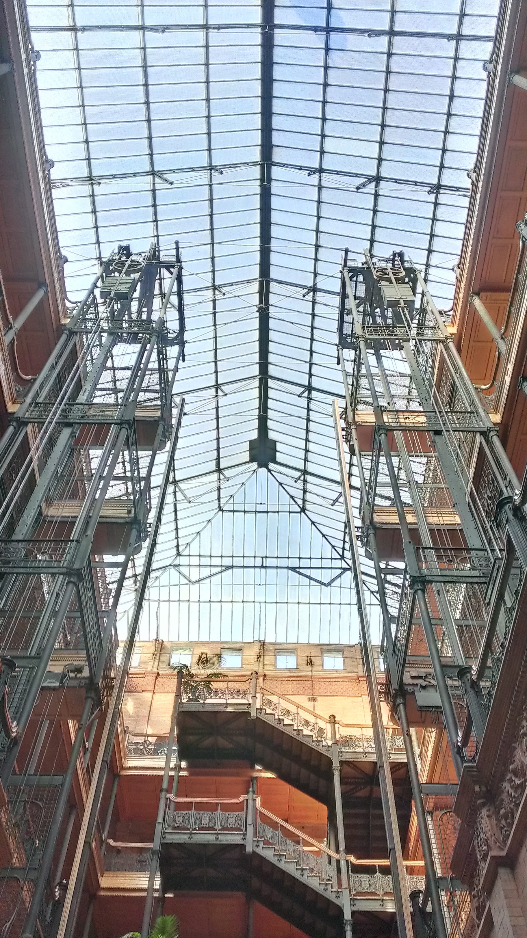 File:Bradbury building lobby and ceiling jpg - Wikimedia Commons