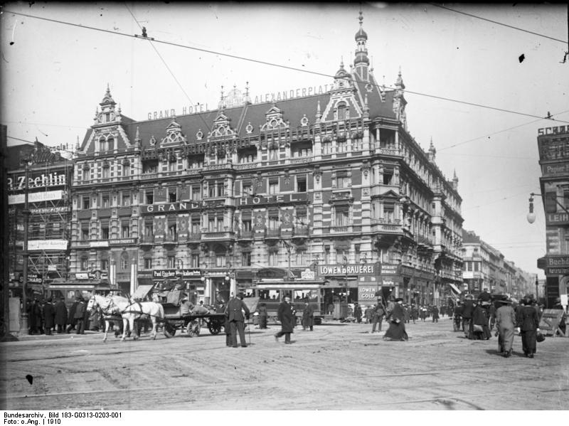 Bundesarchiv Bild 183-G0313-0203-001, Berlin, Grand Hotel am Alexanderplatz