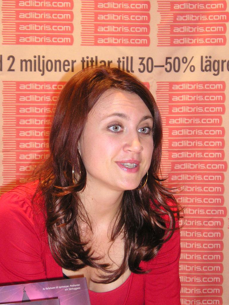 Camilla Läckberg bei der Bok&Bibliothek-Messe in Göteborg, 2006.