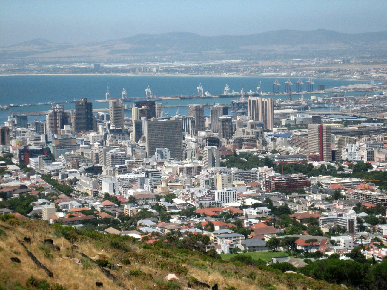 external image Cape_Town_Downtown.jpg