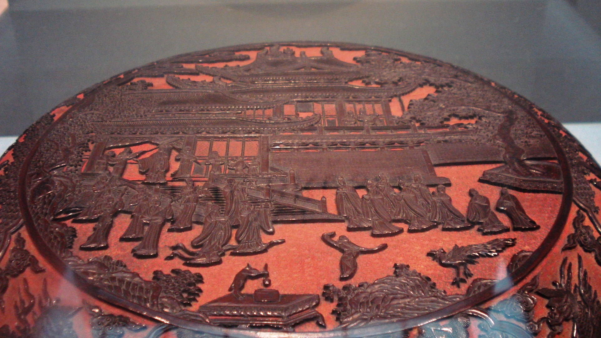 Carved lacquer wooden box, Ming Dynasty.jpg