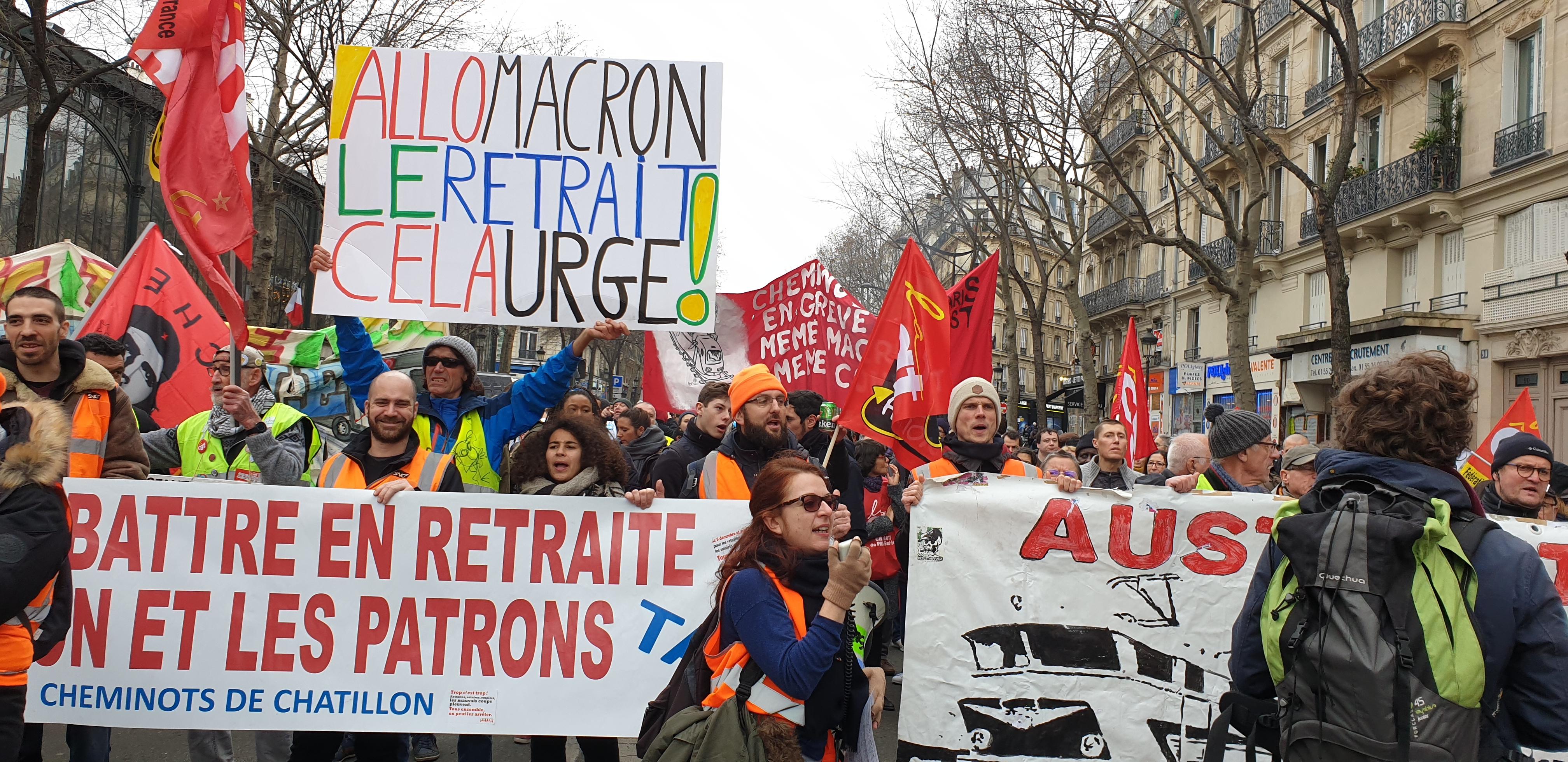 File Cheminots En Greve Manifestation Contre Le Projet De Reforme Des Retraites Paris 28 Decembre 2019 49519626498 Jpg Wikimedia Commons