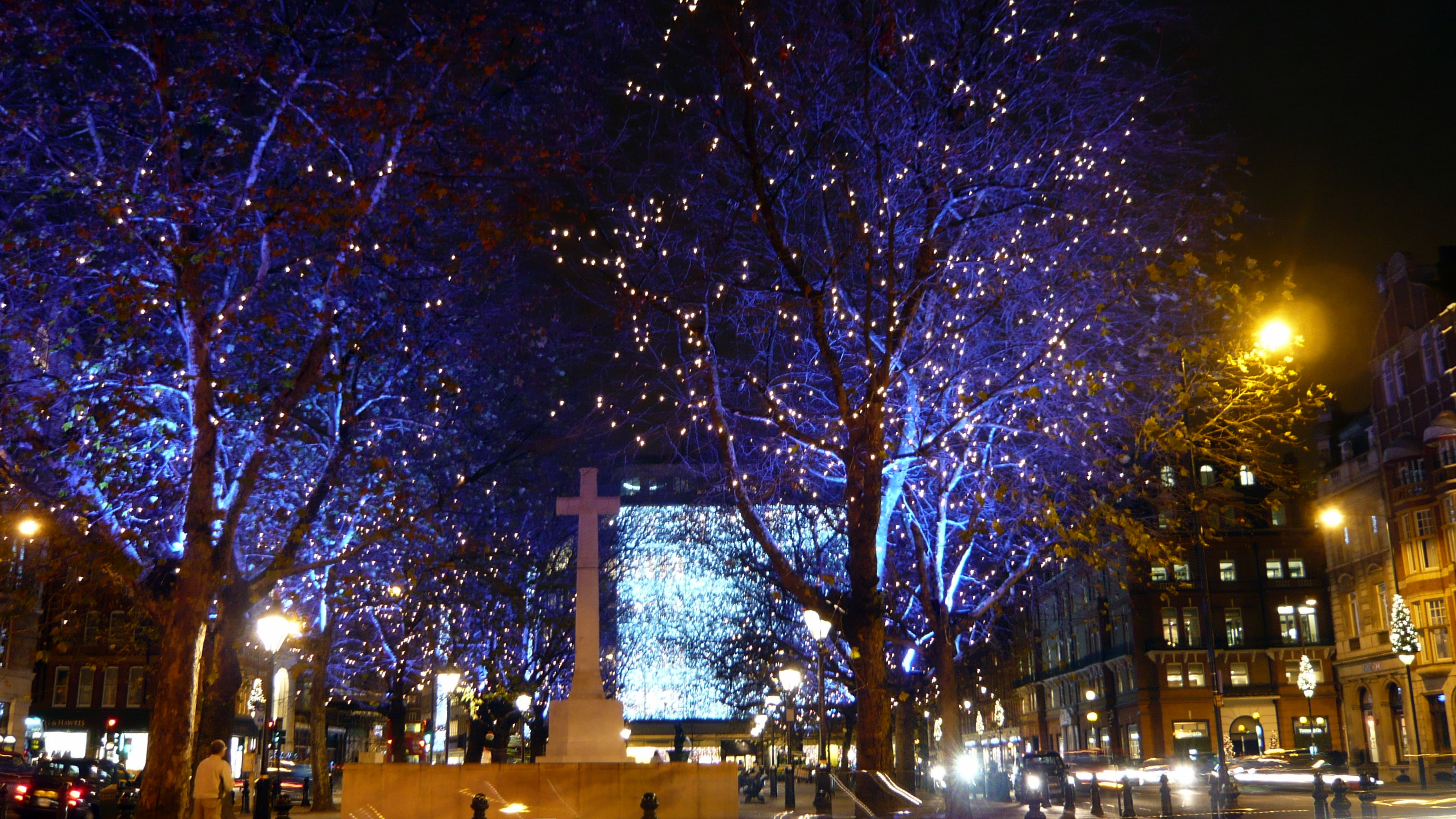 Christmas lights in Sloane Square.jpg