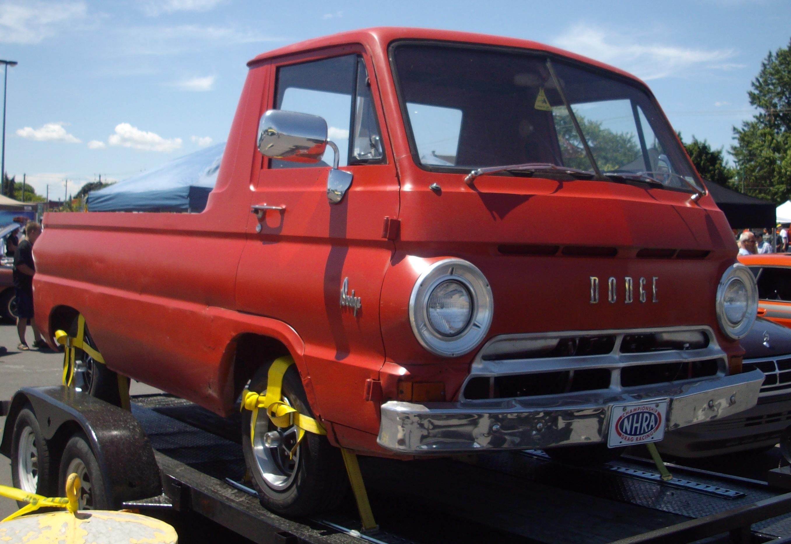 Dodge_Truck_%28Rassemblement_Mopar_Valle