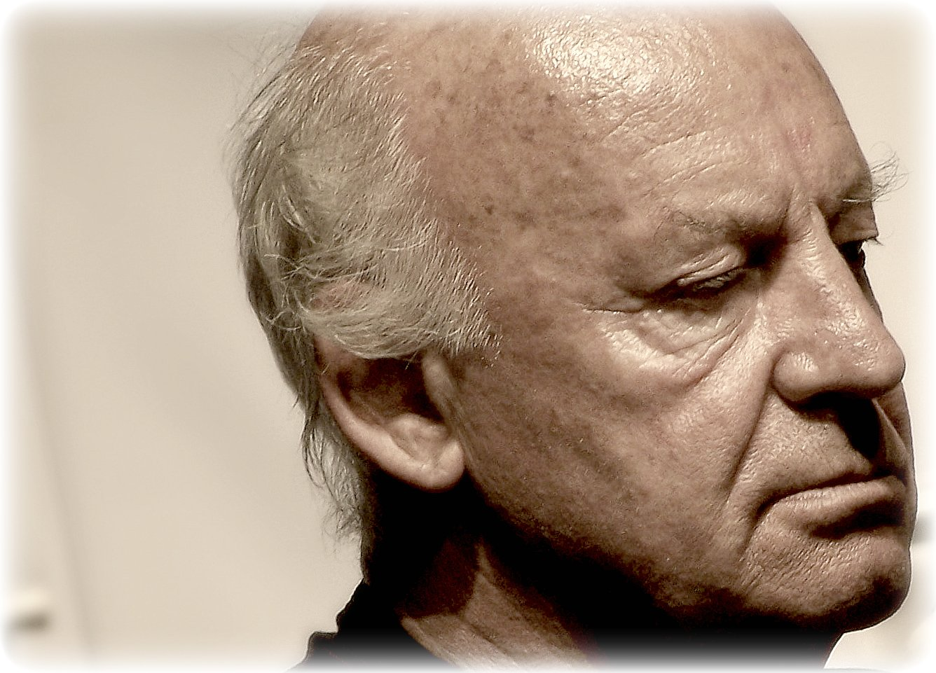 an analysis of open veins of latin america by eduardo galeano The open veins of latin america:  74-year-old eduardo galeano  and it is also an inspiration to reread open veins and latin america with much-needed fresh eyes.