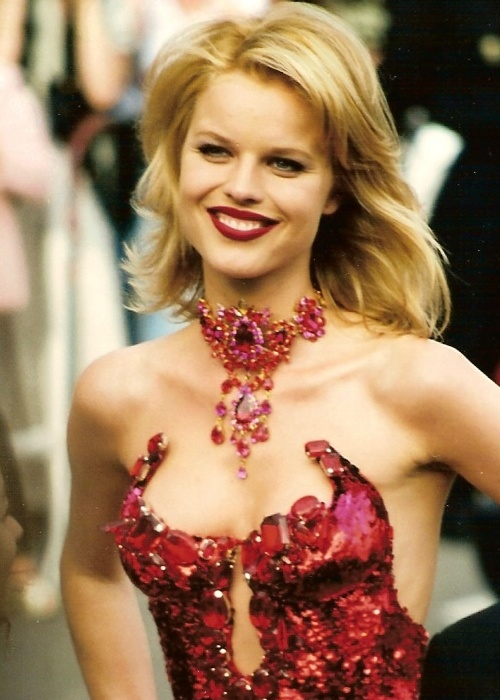 File:Eva Herzigova 1997 (cropped) jpg - Wikimedia Commons