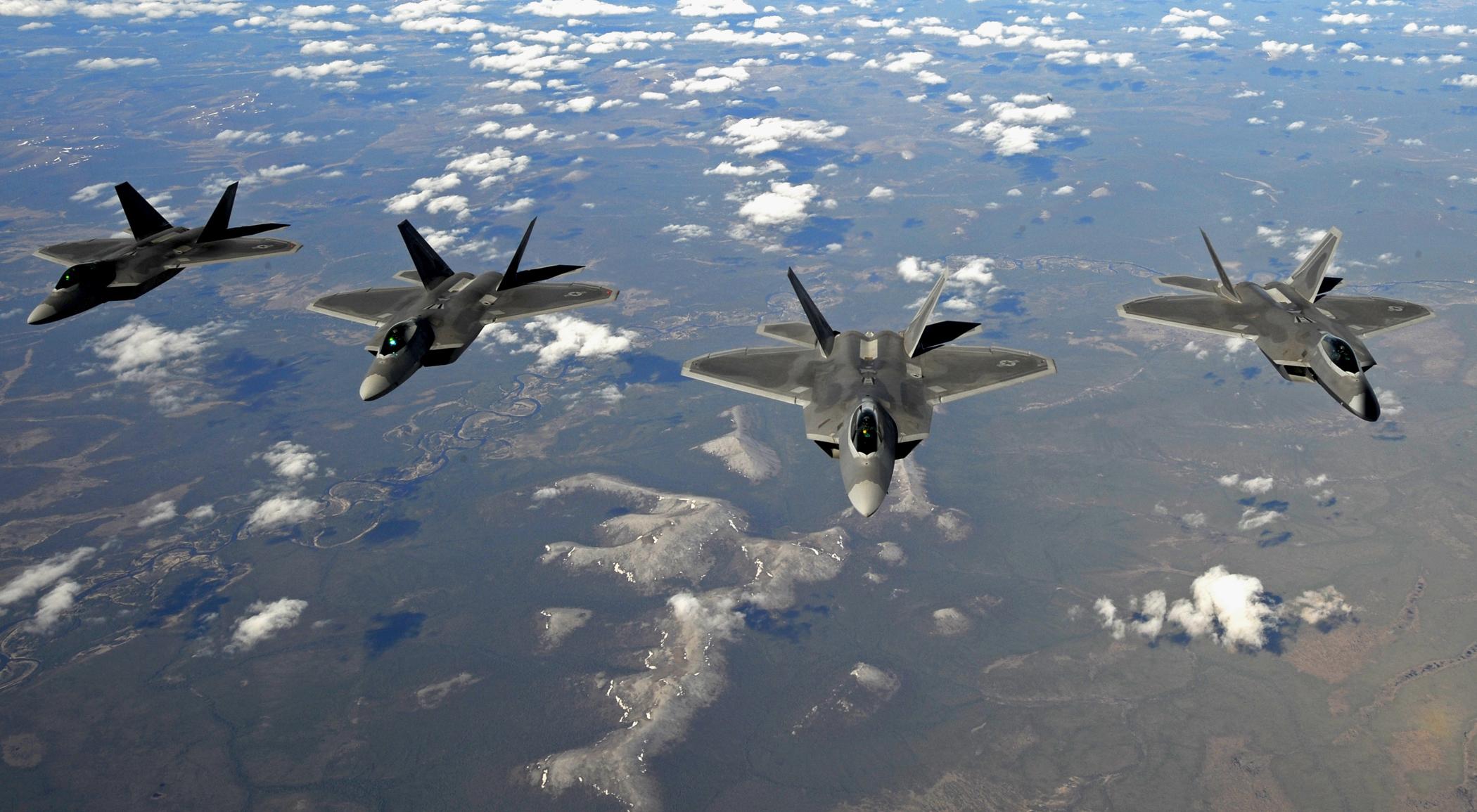 File:F-22 Raptor - 100...