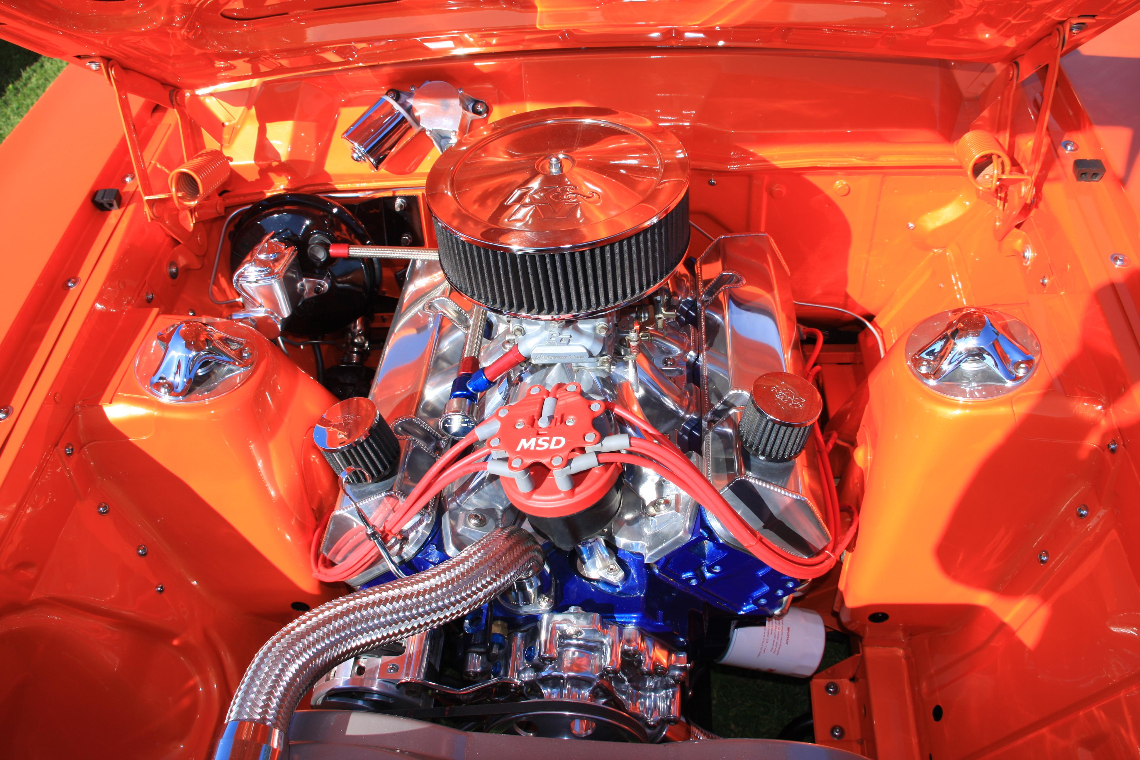 File Ford V8 Custom Engine 1 Jpg