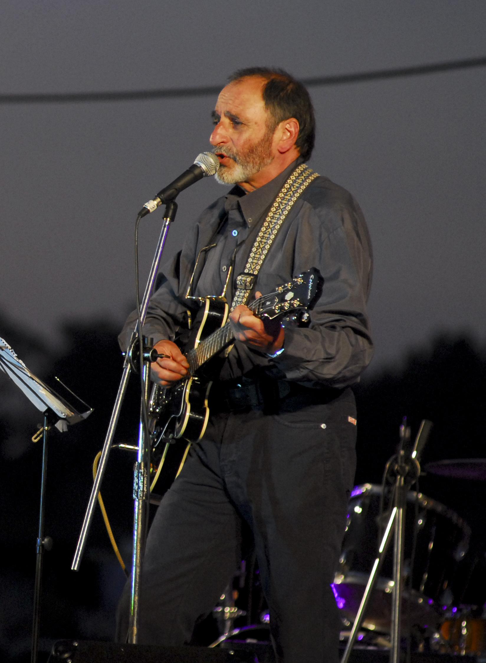 Gustavo Ciarlo «Dino» en 2011
