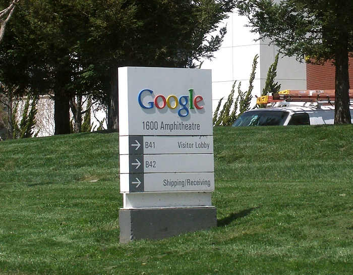 Googleplexwelcomesign