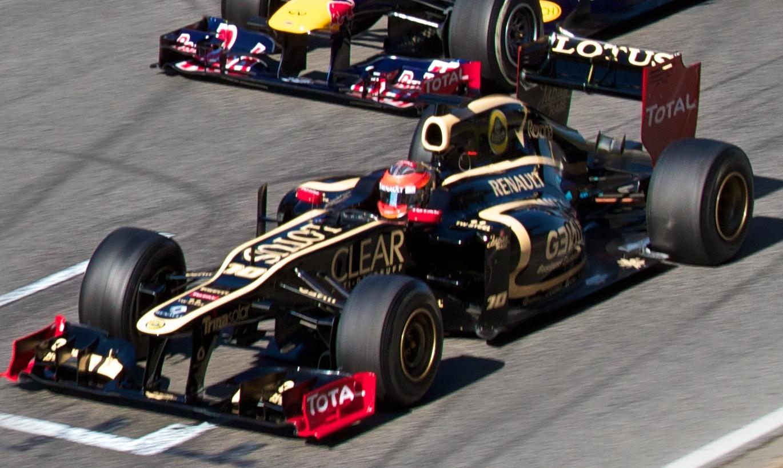 Grosjean_Lotus_Barcelona_2012.jpg
