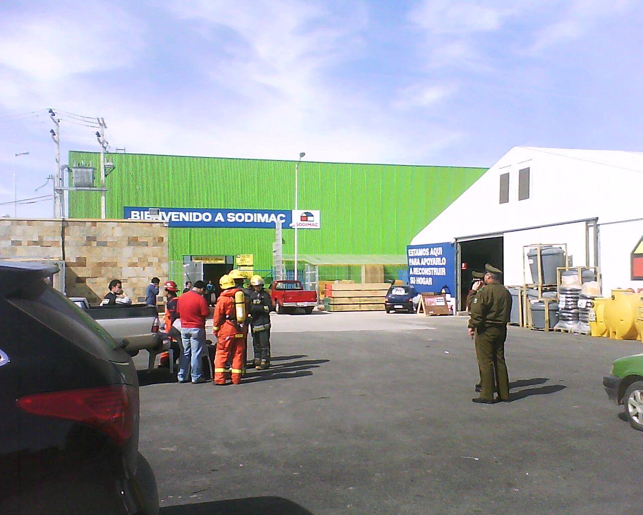 File homecenter sodimac santa cruz chile august for Sodimac terrazas chile