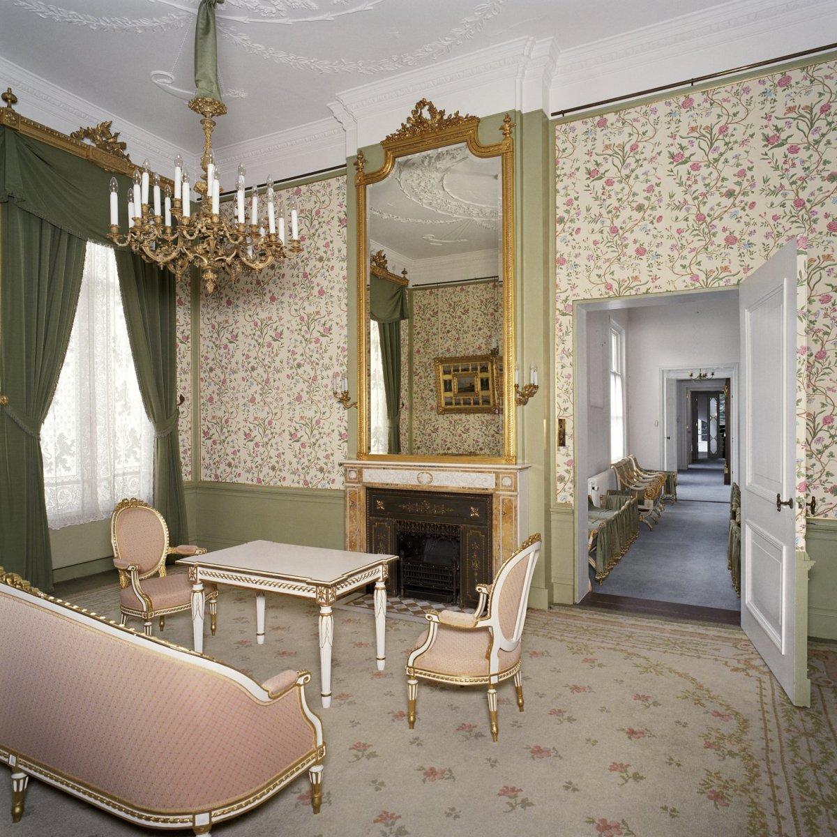 file interieur overzicht van de kamer van hare majesteit