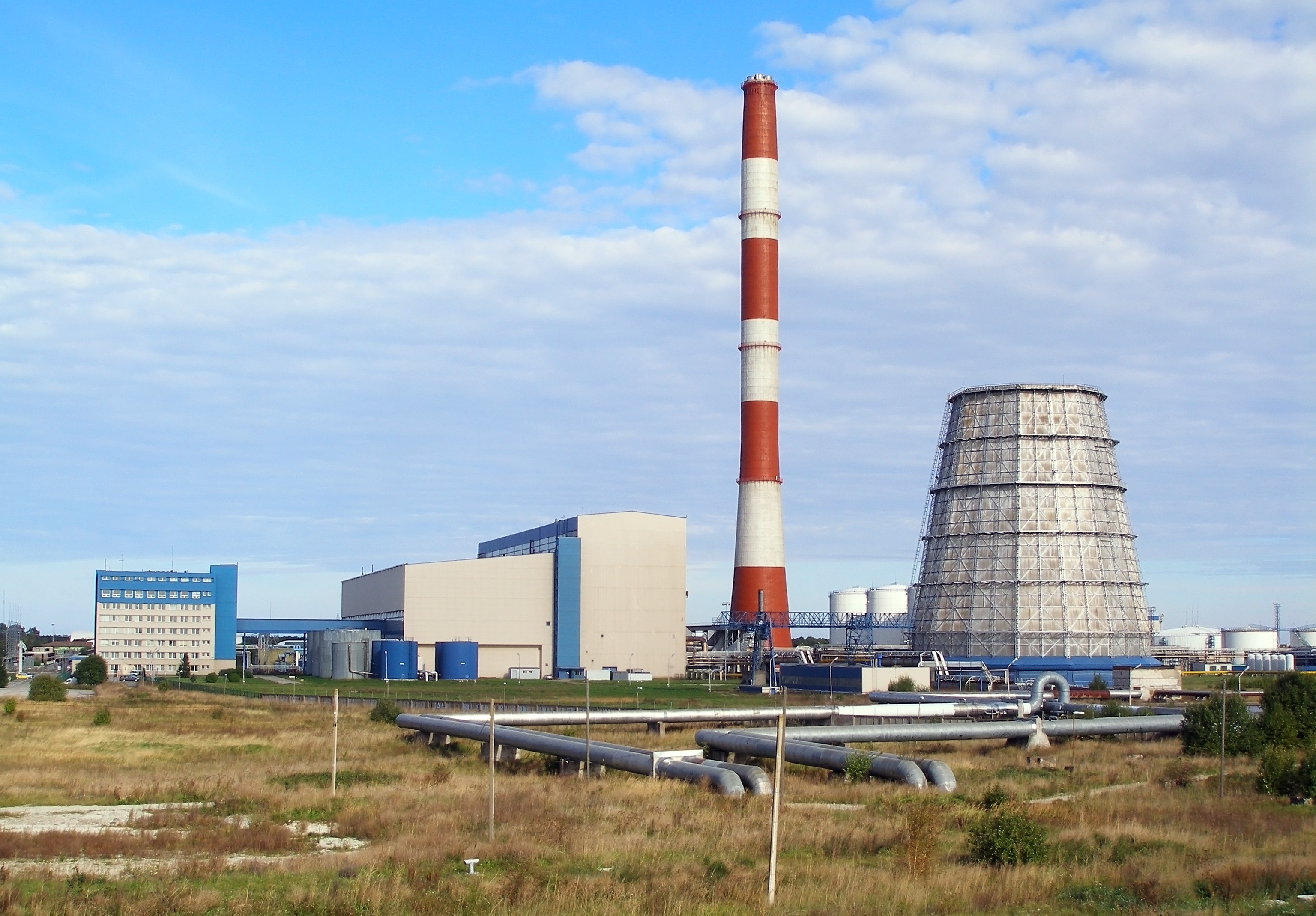 File:Iru power plant.jpg - Wikipedia