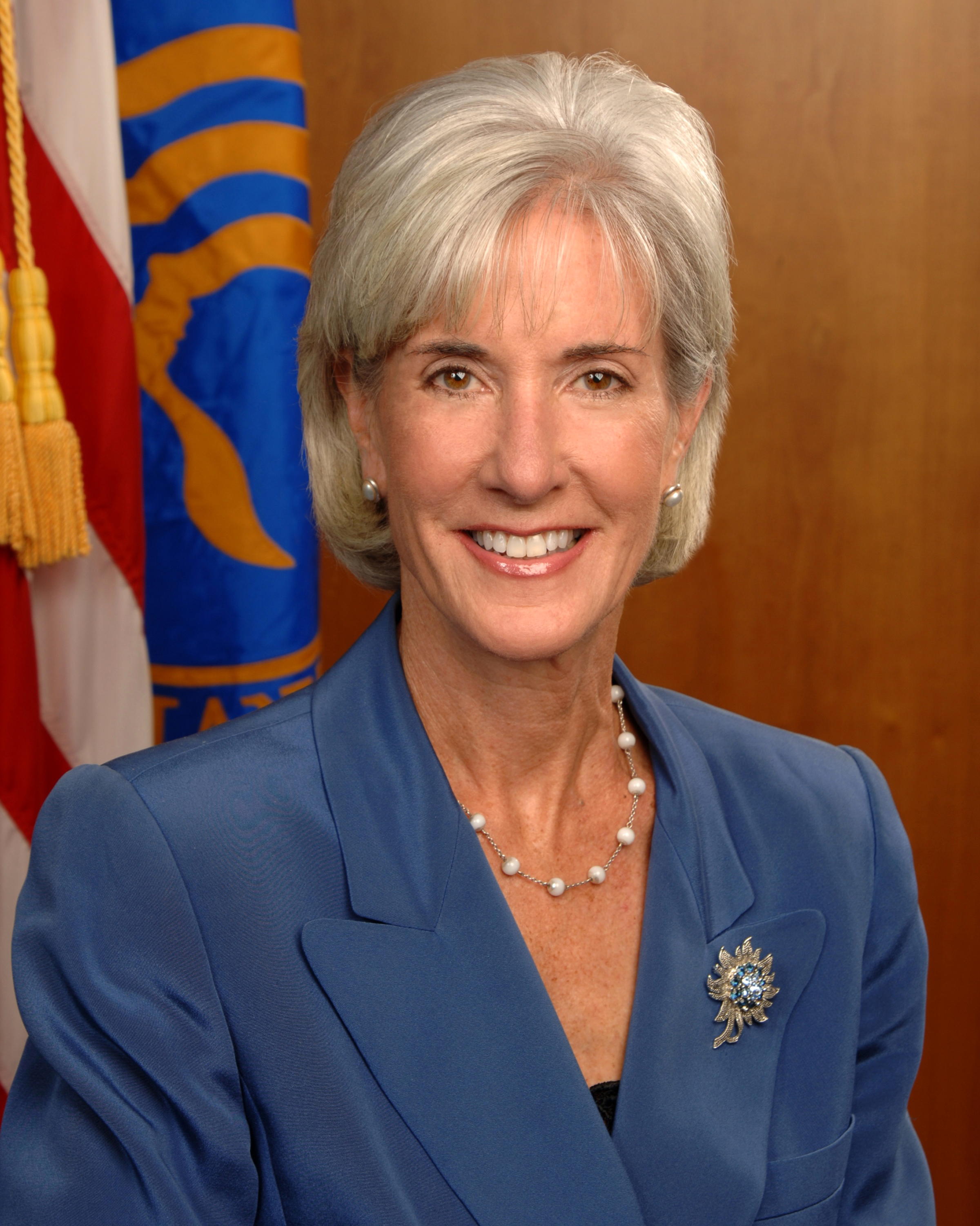 http://upload.wikimedia.org/wikipedia/commons/5/5c/Kathleen_Sebelius_official_portrait.jpg