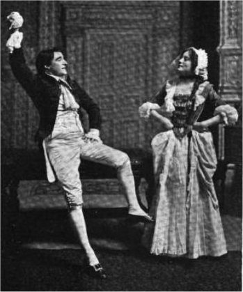 she stoops to conquer essay Oliver goldsmith: she stoops to conquer goldsmith's she stoops to conquer has a somewhat farcical element to it which is, on the whole, achieved by a series of contrasts.