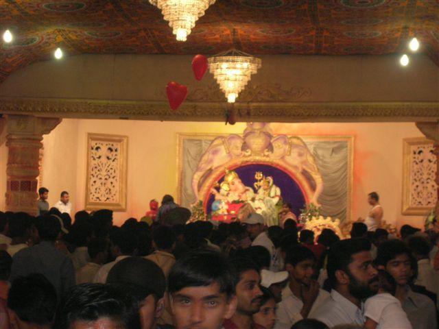 File:MandaiGanpati2005.jpg