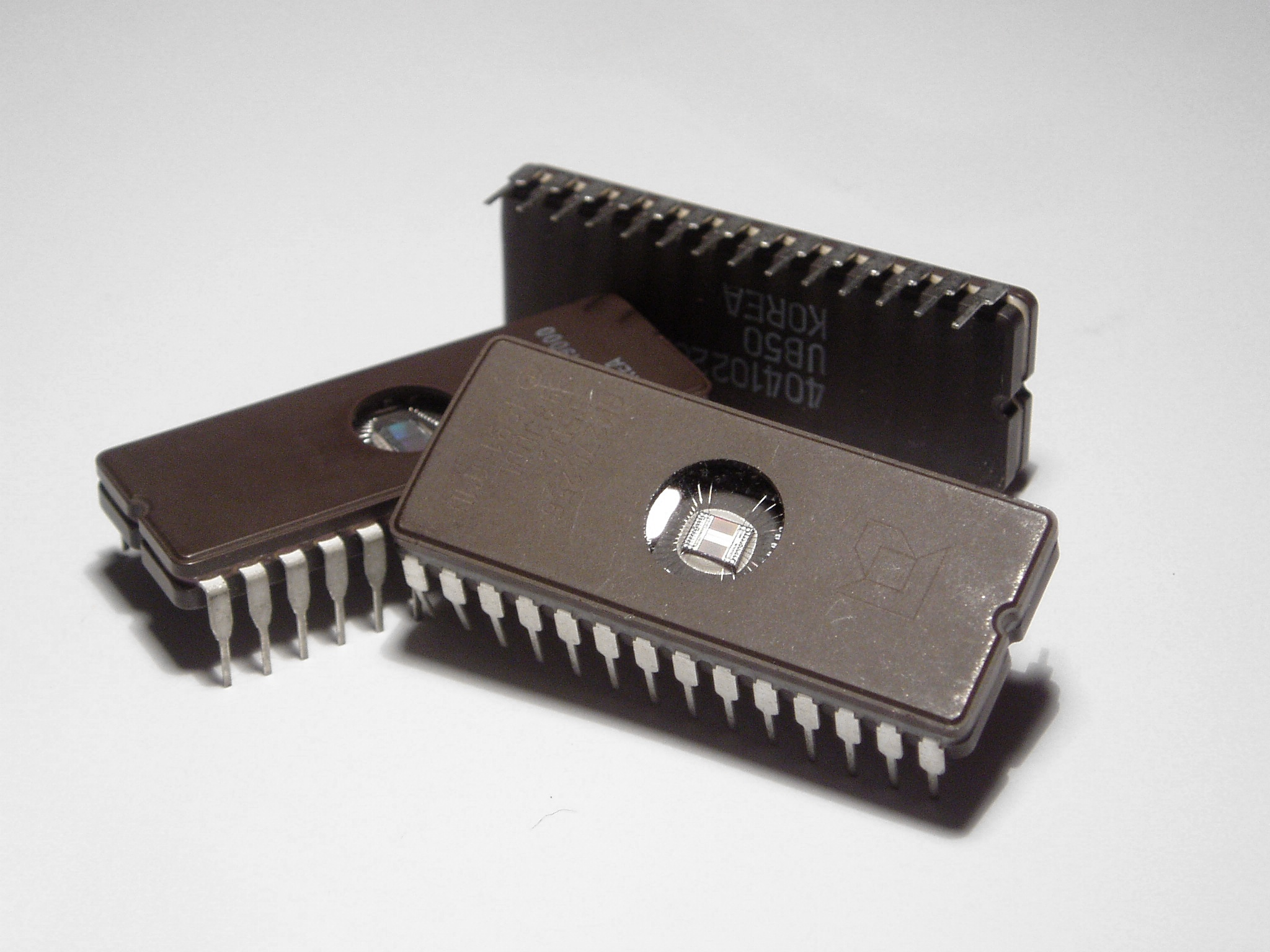 first silicon chip - photo #2