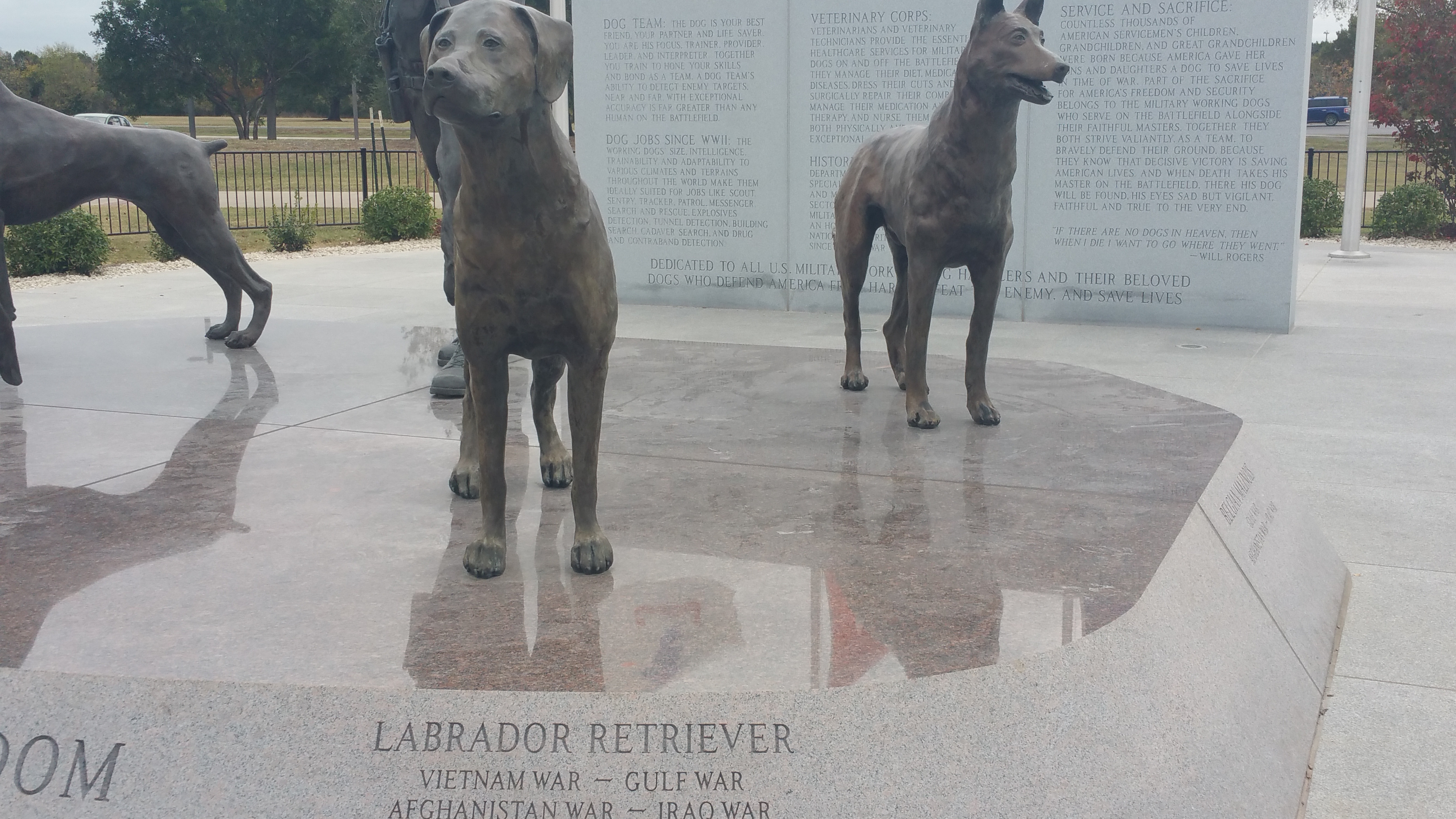 File:Military Working Dog National Monument 01 jpg - Wikimedia Commons
