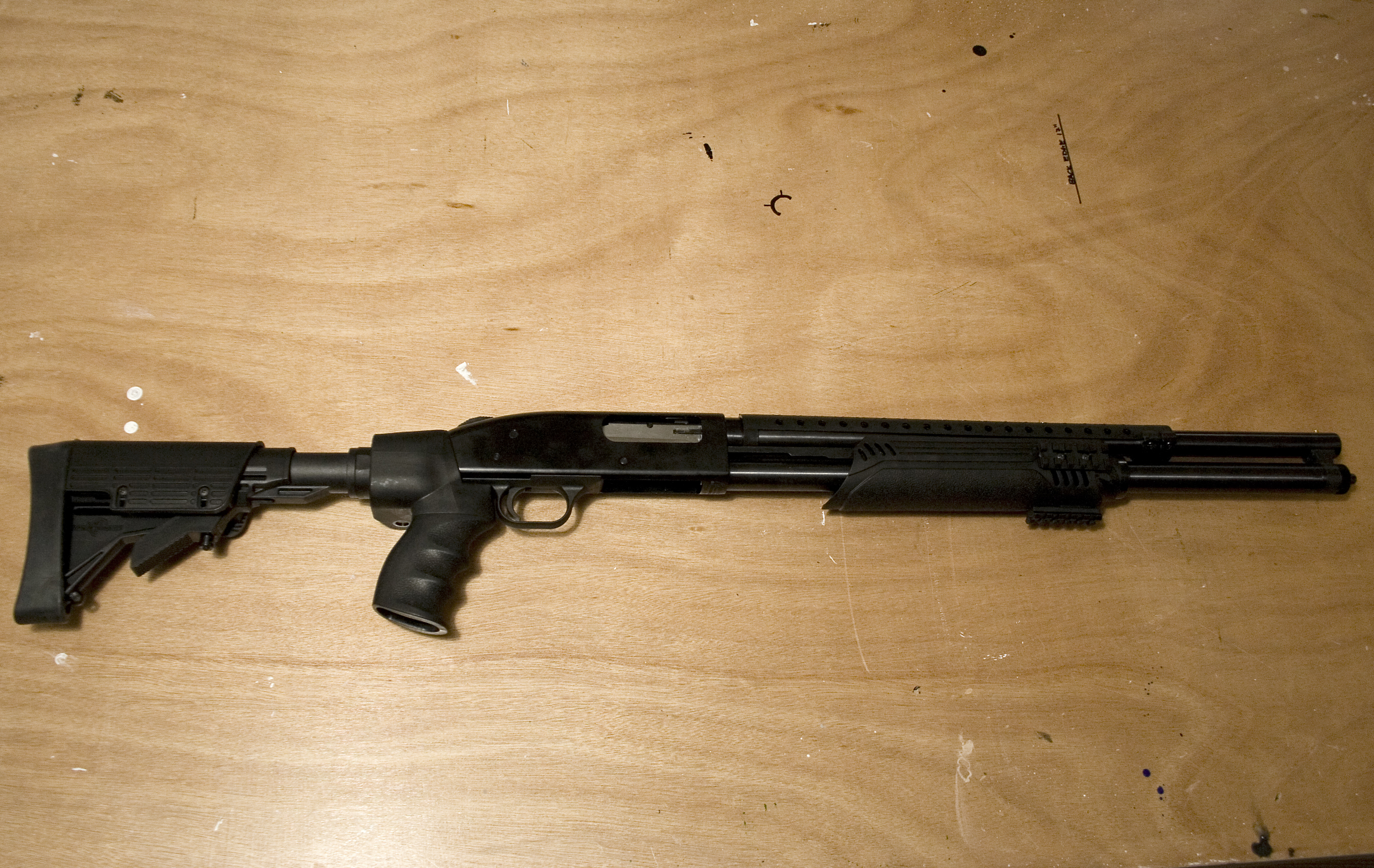 File:Mossberg500-tactical jpg - Wikimedia Commons