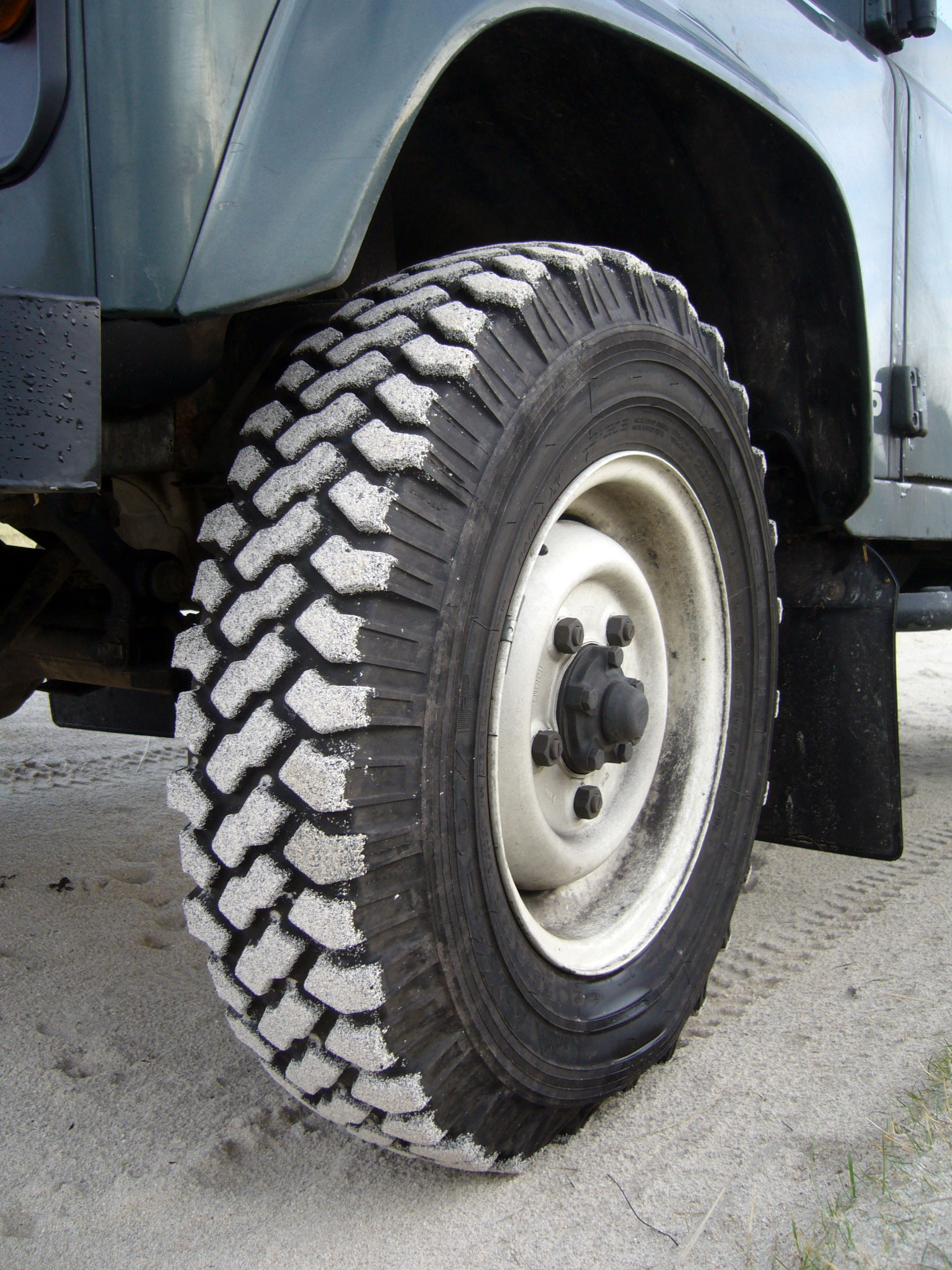 xs lawton d tires emptyname listings full land station defender brook rover landrover wagon