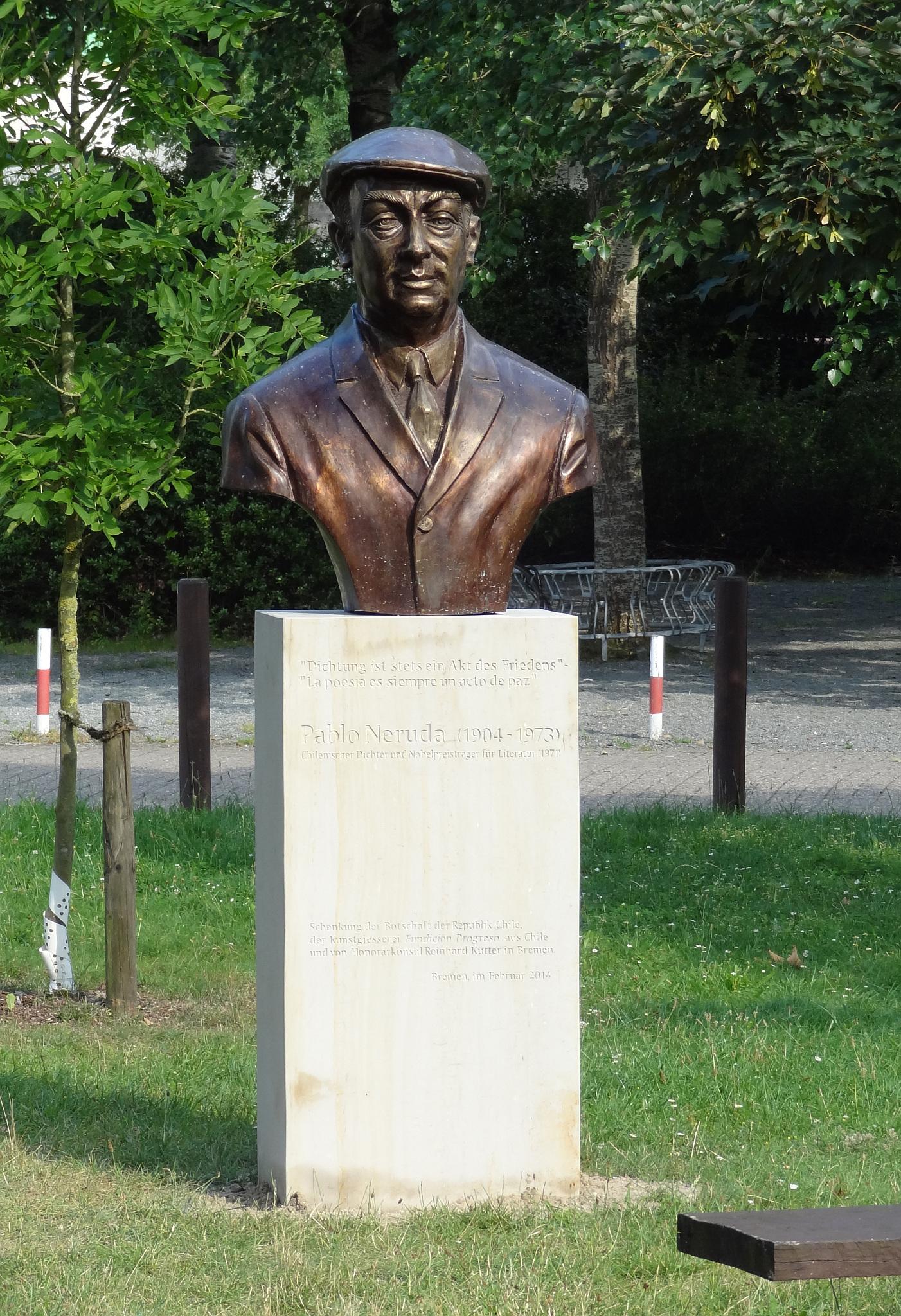Busto de Neruda en Bremen.