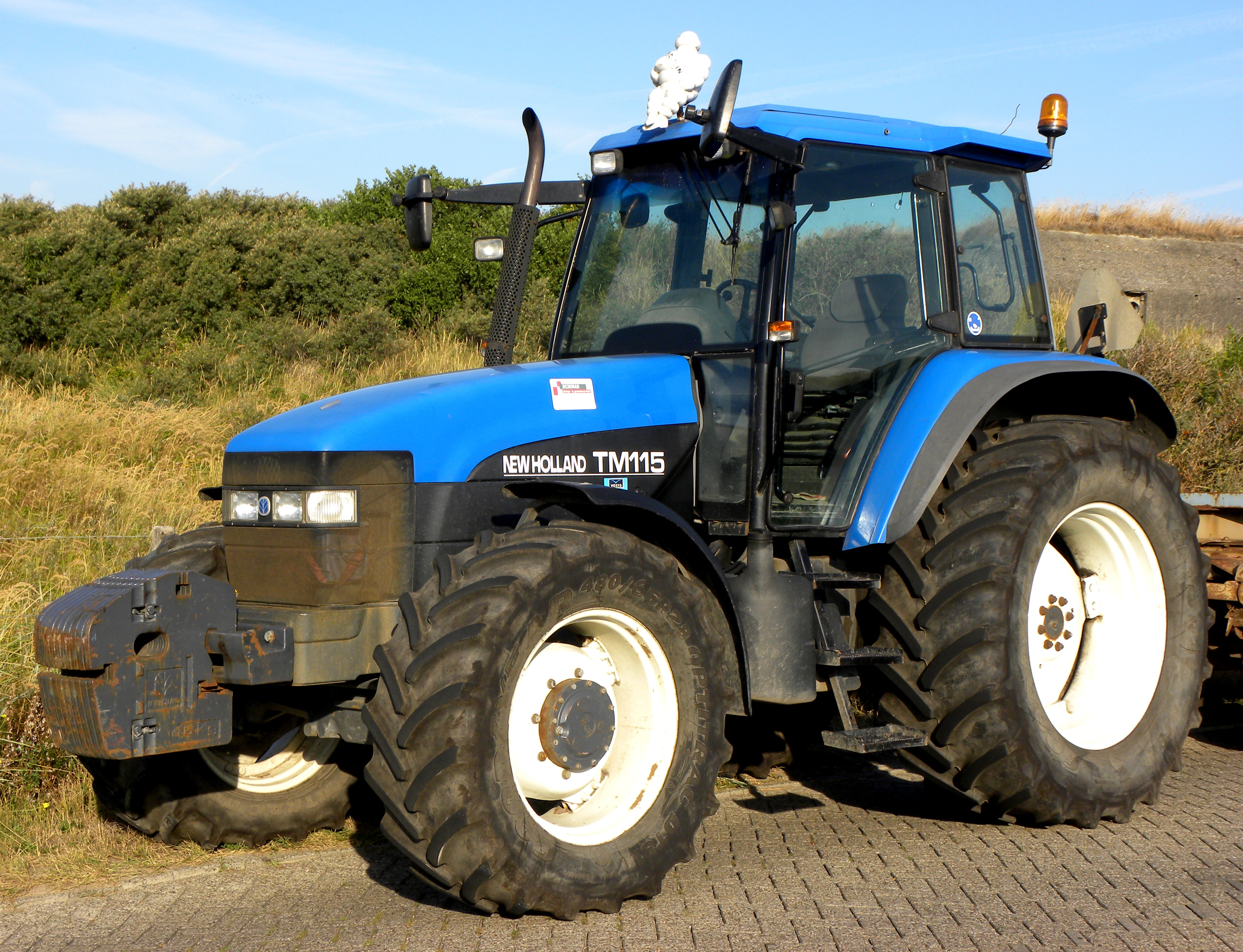 Ford 600 Tractortractorpainter International Diesel Wiring Tractor Diagram File New Holland Tm 115 Wikimedia Commons