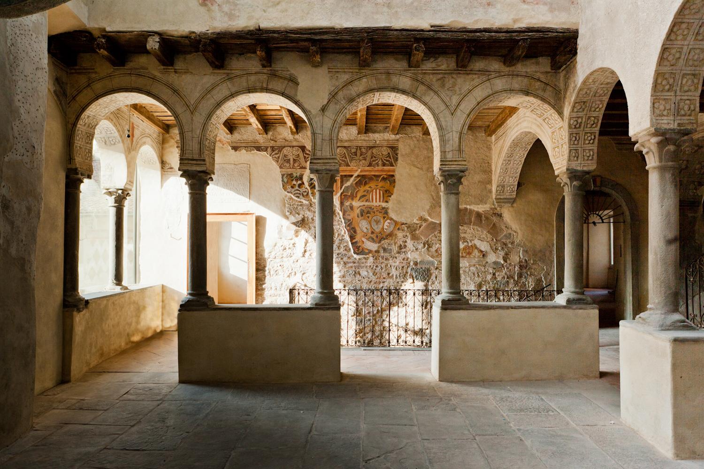 File palazzo del podest wikimedia commons for Interni ville antiche