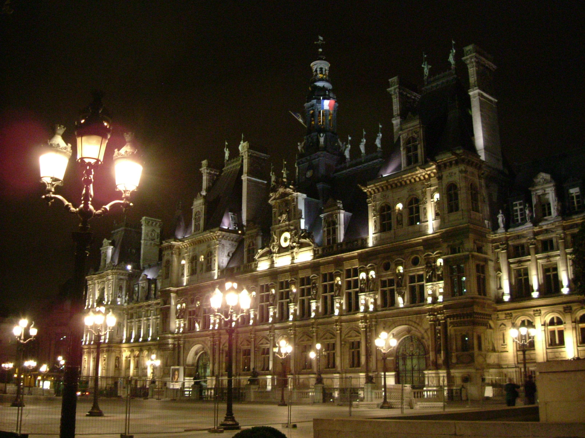 file paris rathaus bei nacht jpg wikimedia commons. Black Bedroom Furniture Sets. Home Design Ideas