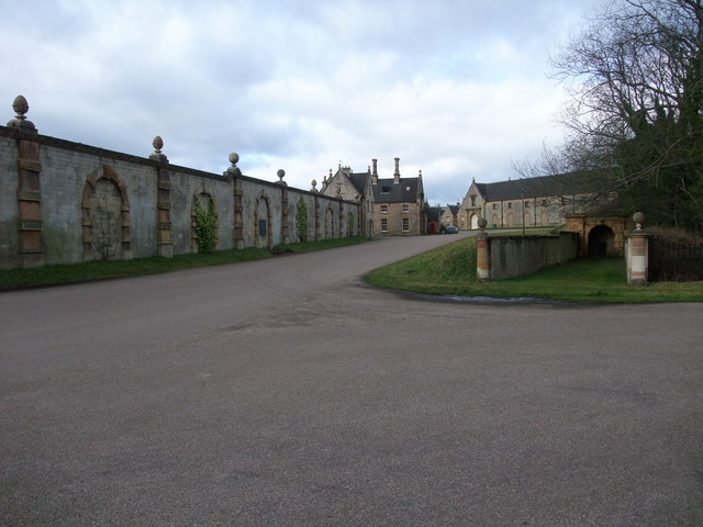 Part of the Welbeck Estate buildings - geograph.org.uk - 1176113