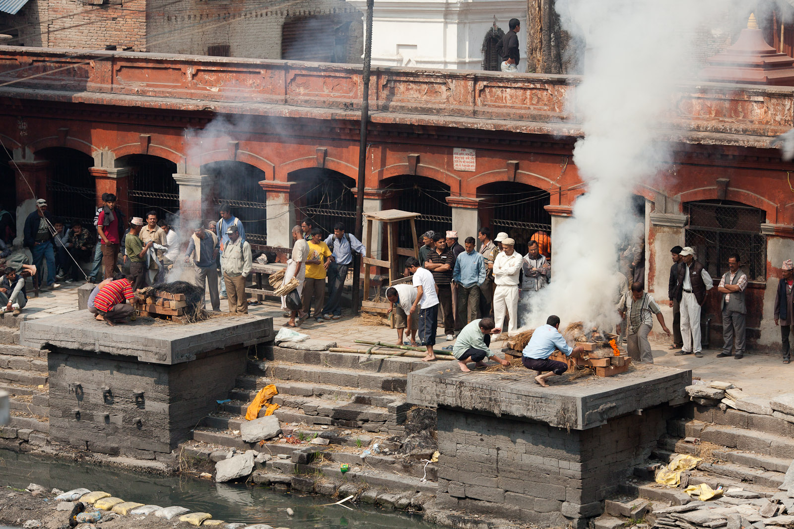 images of File Pashupatinath Cremations Wikimedia Mons