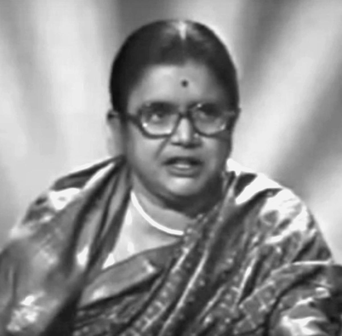 Pratima Bandopadhyay - Wikipedia