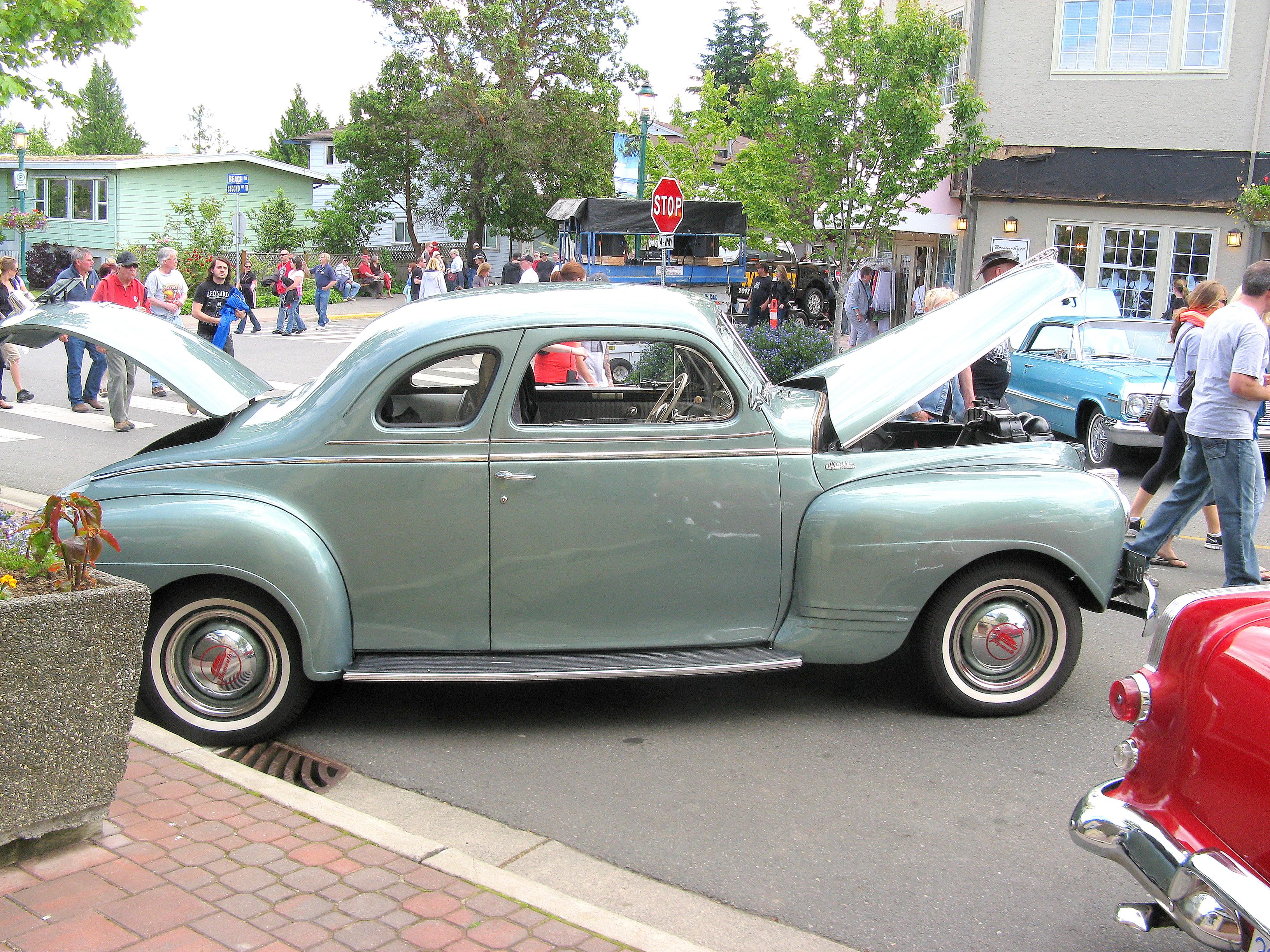 File:Pretty cars, Qual...