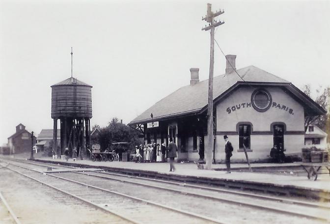 File Railroad Station South Paris Me Jpg Wikimedia Commons