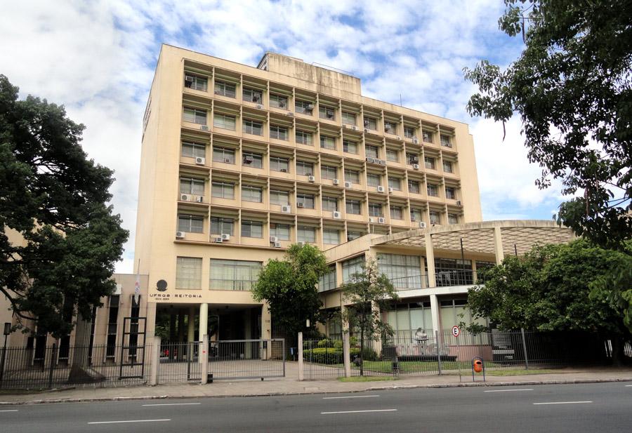 <b>Universidade Federal</b> do Rio Grande do Sul – Wikipédia, a <b>...</b> 2014