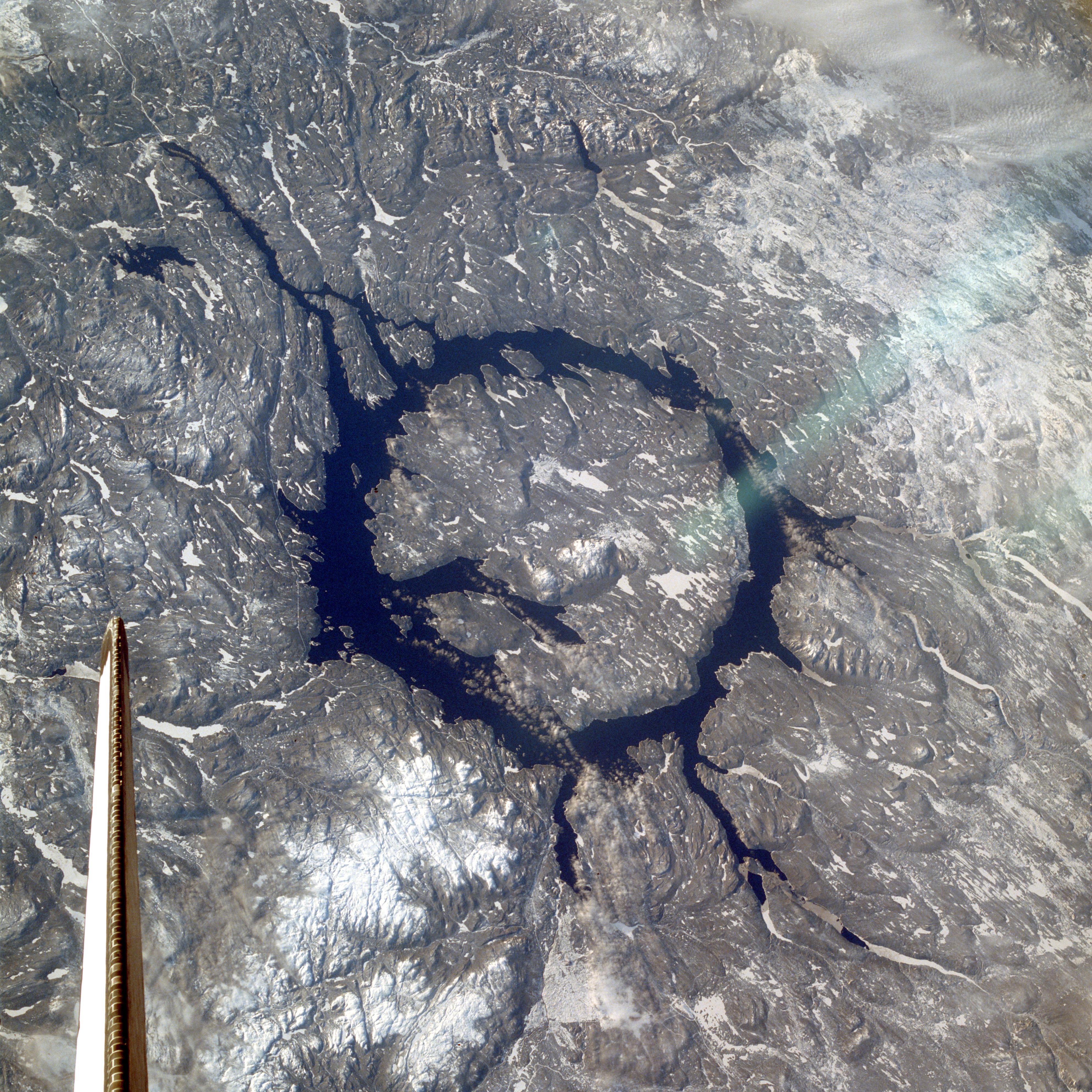 [Image: STS009_Manicouagan.jpg]