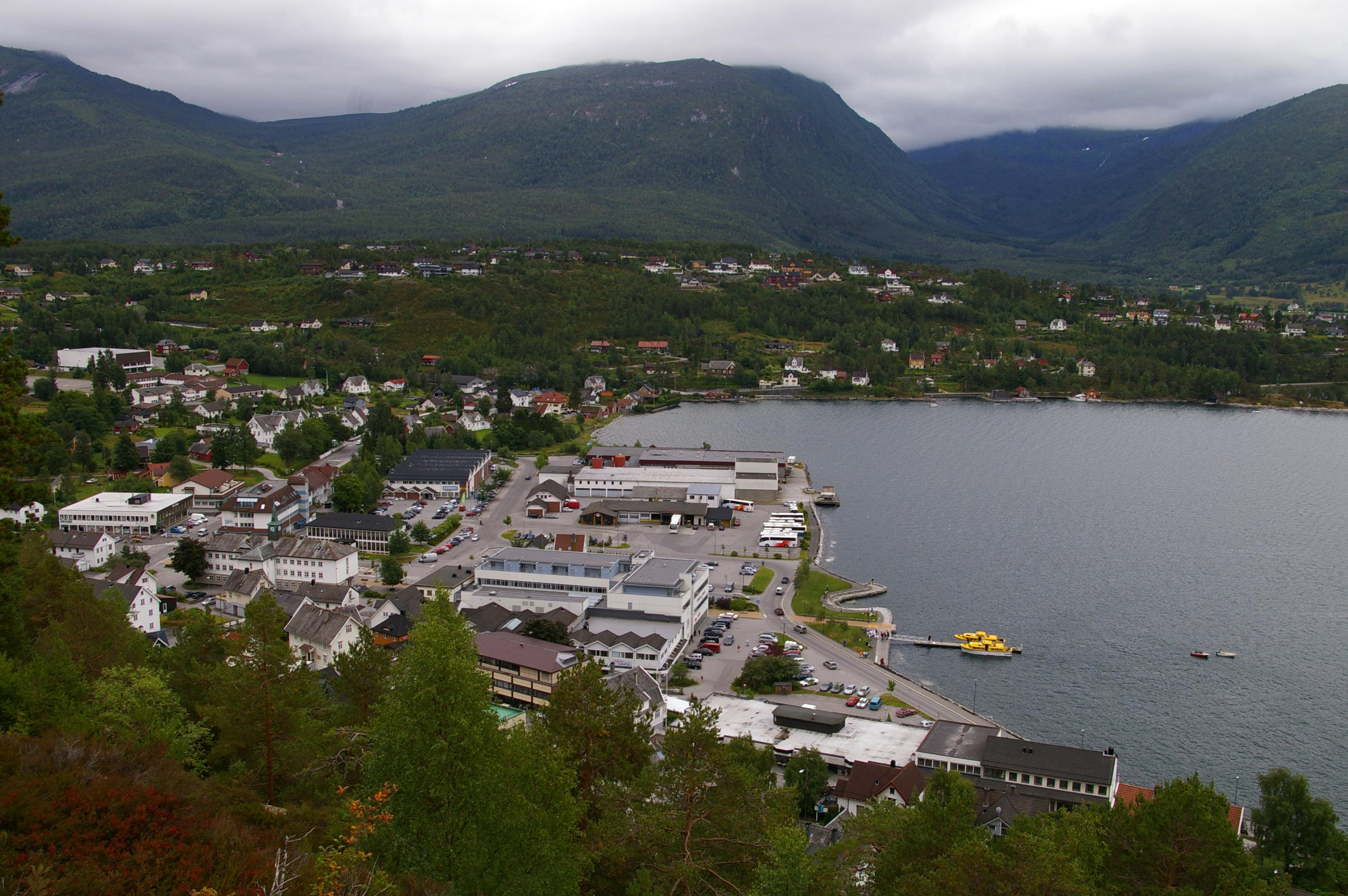 Single Sandane menn interessert i senior dating, Senior Date Norway