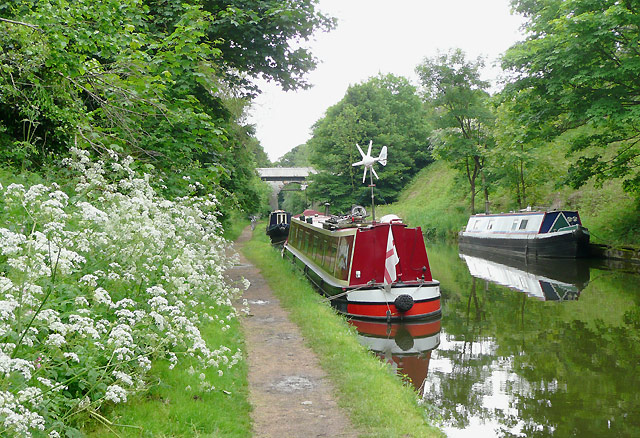 Shropshire Union Canal at Brewood, Staffordshire - geograph.org.uk - 1392275